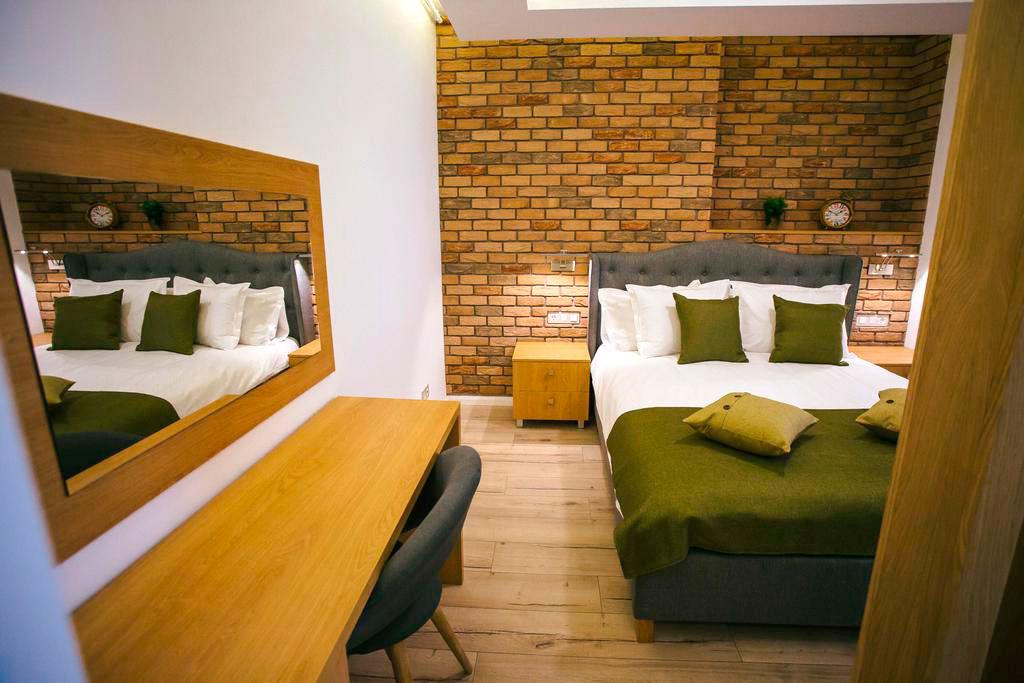 design-interior-dormitor-apartament-cu-o-camera-zona-de-dormitor