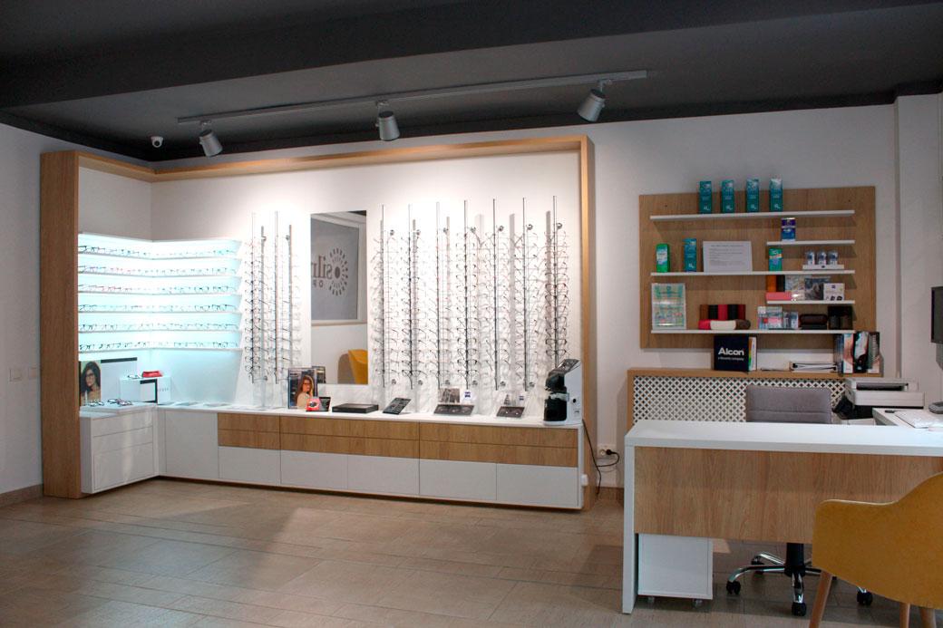mobilier-optica-medicala-in-cluj-napooca-design-de-interior